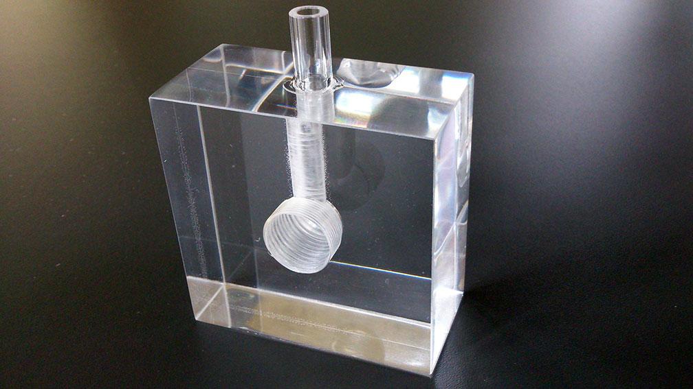 Gut bekannt Plexiglas® biegen: Professionelle Bearbeitung von Acrylglas - My CMS II77